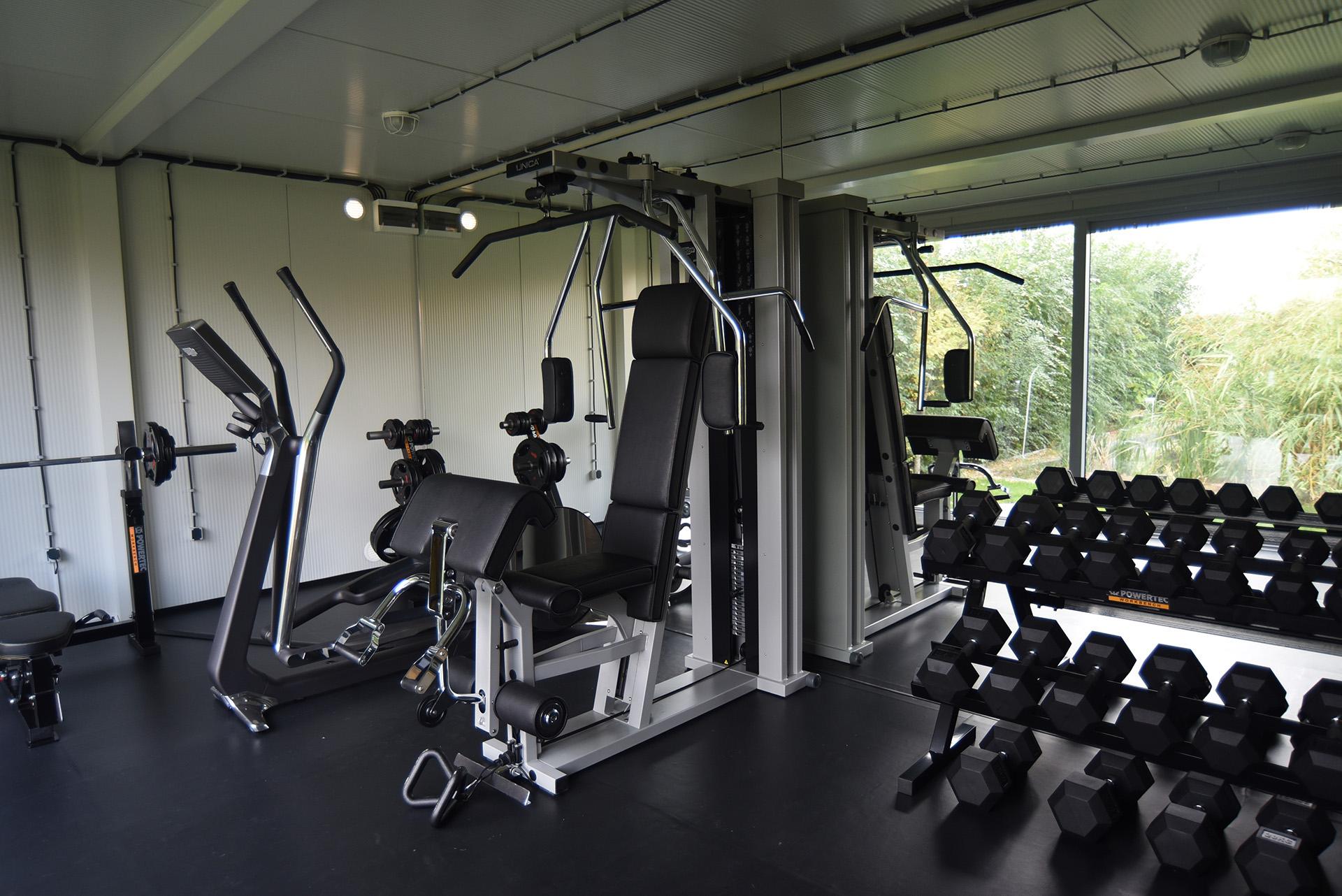 11 Yard Gym