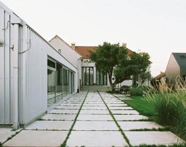 HOUSE A Exterior 3