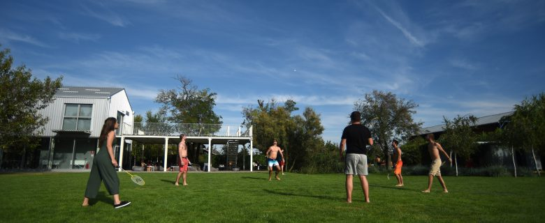 Yard_Badminton