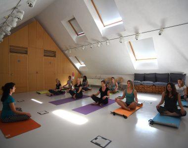 Yoga_HouseB